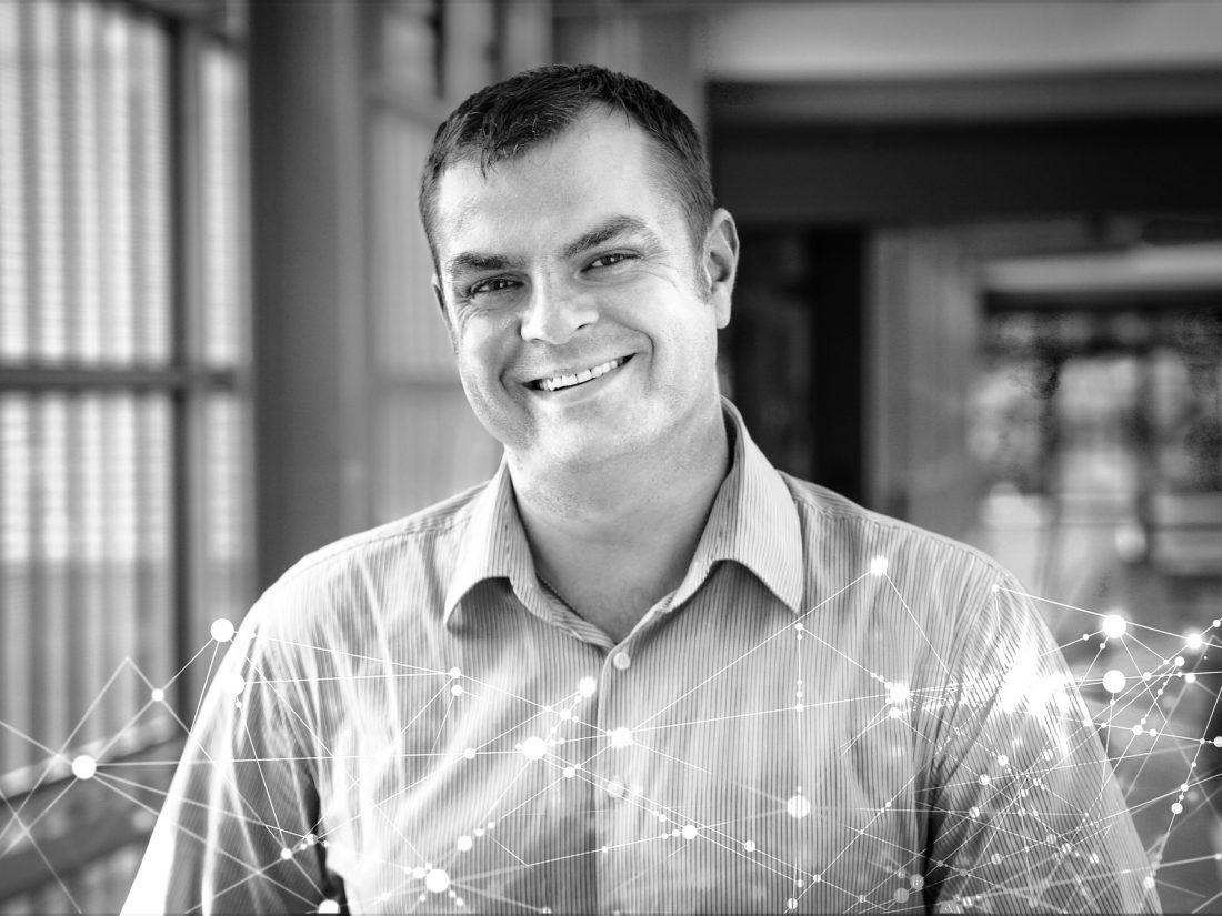 Blockchain expert and digital transformation consil